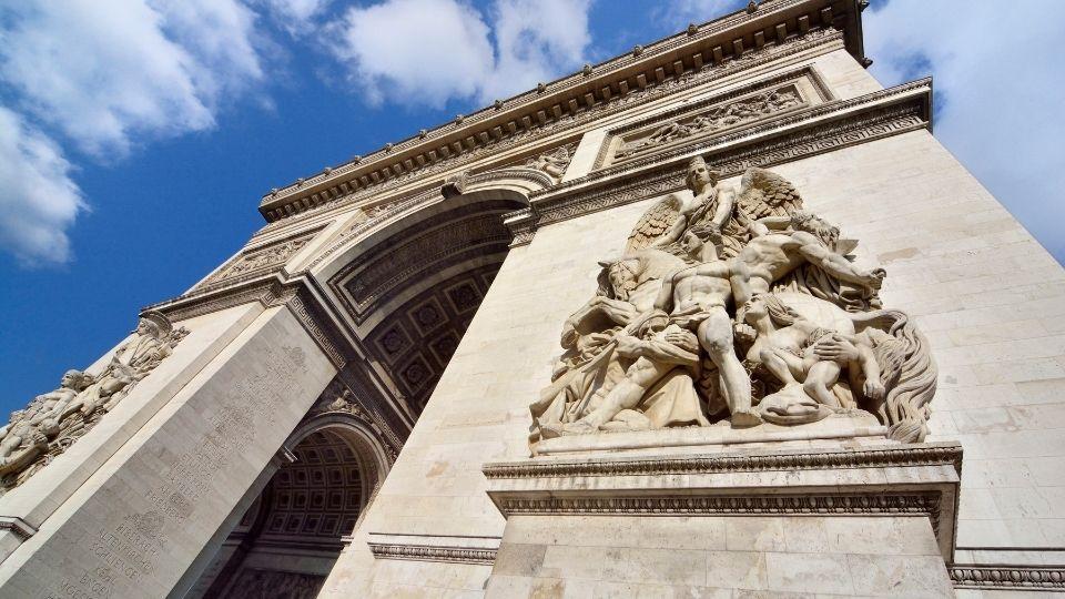 Arco di Trionfo di Parigi statue